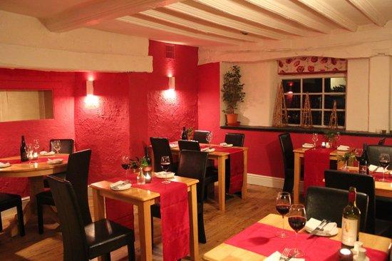 The Dragon Hotel Restaurant: Restaurant