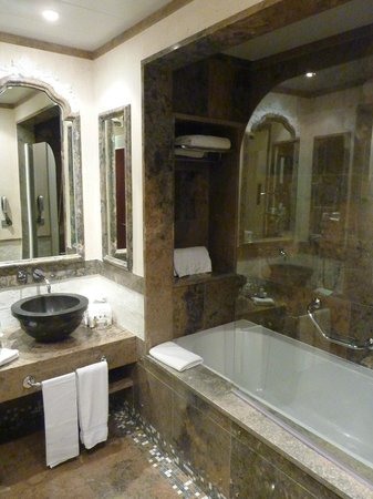 Grande Real Villa Italia Hotel & Spa : Salle de bain