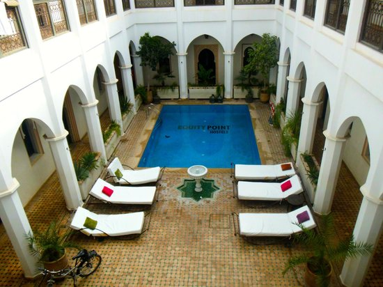 Equity Point Marrakech Hostel: Pool