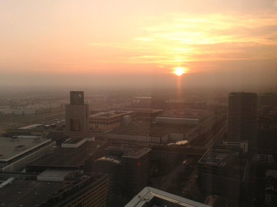 Frankfurt Marriott Hotel: What a sunset! :-)