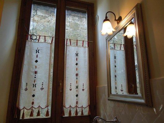 B&B Ripa Medici Rooms with a View: dettagli del bagno