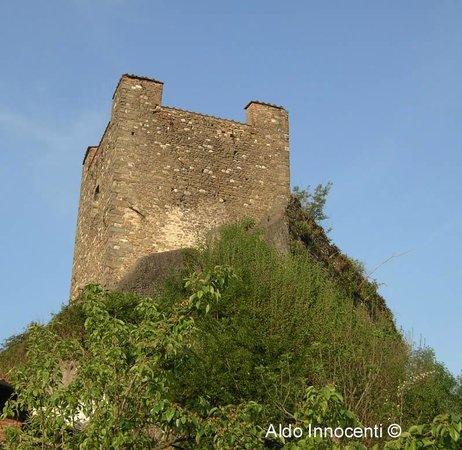 Ghivizzano: torre del castello