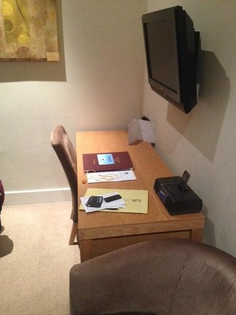 Best Western Boltons Hotel London Kensington : Desk