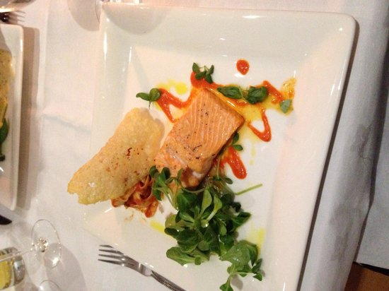 Sand Dollar Cafe: Sea Trout