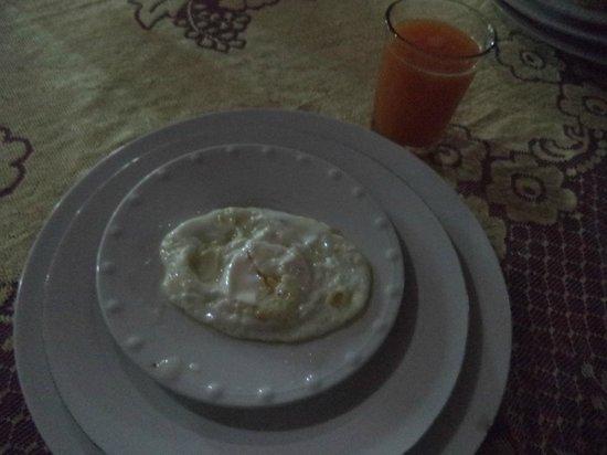 Bab Al Madina : uovo