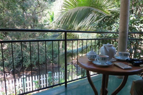 Kandy Guest House: Tea on the balcony