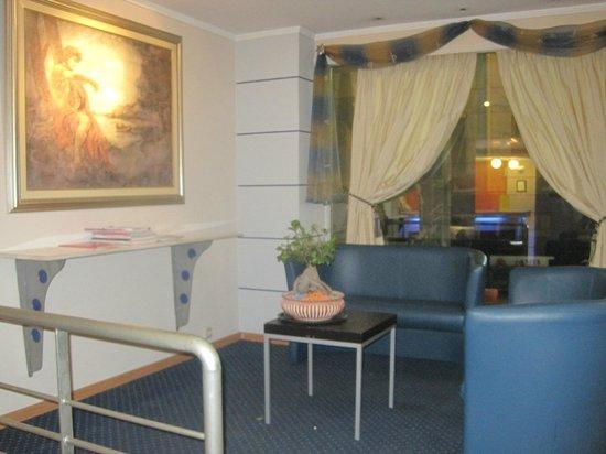 Hotel Argo Anita: Hotel Argo Lobby