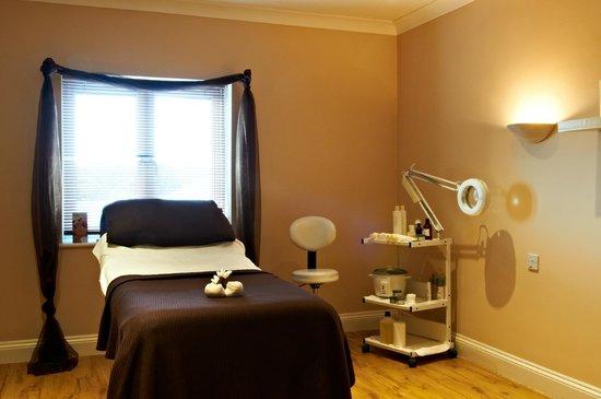 Riverhills: Treatment room