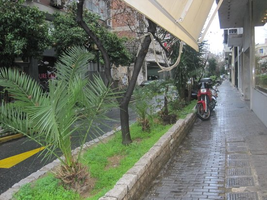 Hotel Argo Anita: Piraeus Street
