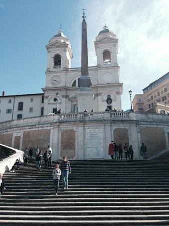 Beau Site - Antica Residenza : The spanish steps are located a very short walk from the hotel.