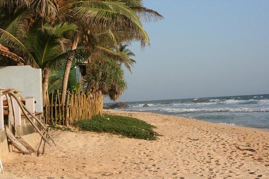 EKA Beach : Beach at Eka