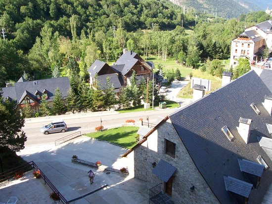 Garona Hotel: Vista de la carretera