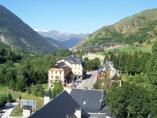 Garona Hotel: Vista del Valle
