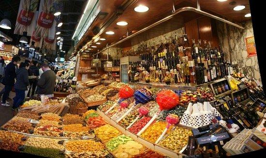 Las Ramblas: All kind of things to eat.