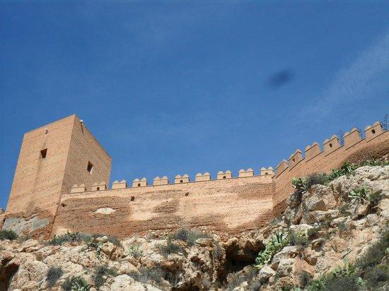 Conjunto Monumental de La Alcazaba: Formidable building