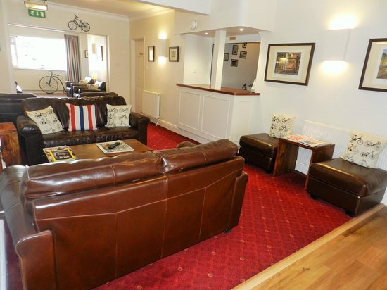 Penny Farthing Hotel: Lounge & Bar