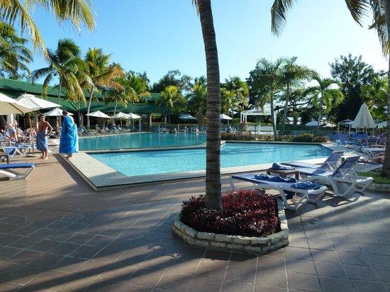 Meliá Santiago de Cuba: Zwembad hotel