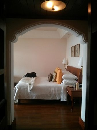 Ananda in the Himalayas: Premium valley view room