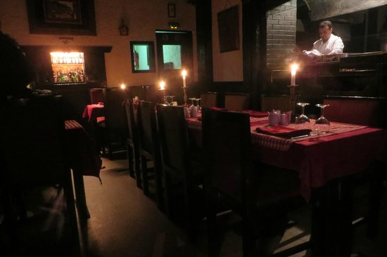 La Mamma : Candle lights for romantic dinners