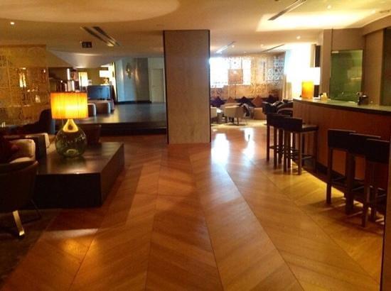Starhotels Michelangelo: veduta dall'angolo aperitivo