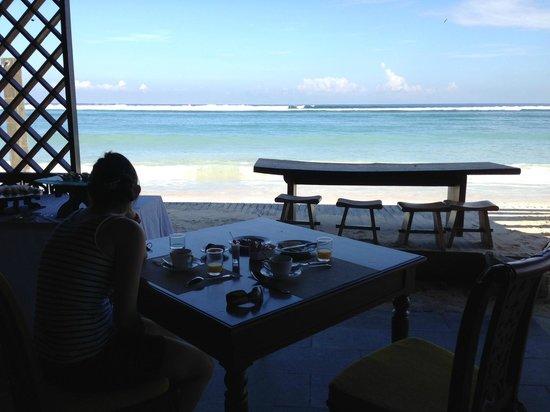 Aston Sunset Beach Resort: Vistas del desayuno