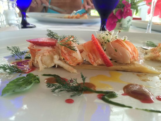 Jacqui O's BeachHouse : Fresh Barbudan Lobster