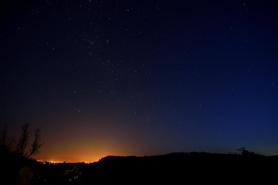 Doolan's Country Retreat: The night sky from the back yard