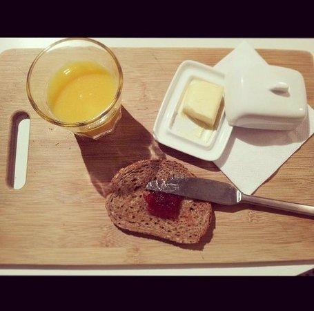 Bed and Breakfast Leopold II: Breakfast