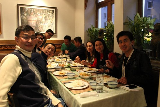 Chao-Khun : a Thai group when dining in Chao Khun (Foto 3)