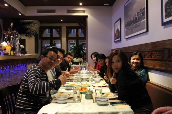 Chao-Khun : a Thai group when dining in Chao Khun (Foto 1)