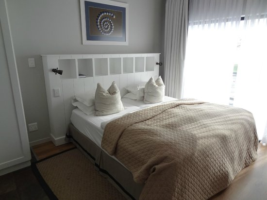 Oyster Box Guesthouse : Bed