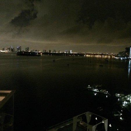 Mondrian South Beach Hotel : Abendausblick