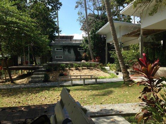 Glur Hostel: Pool