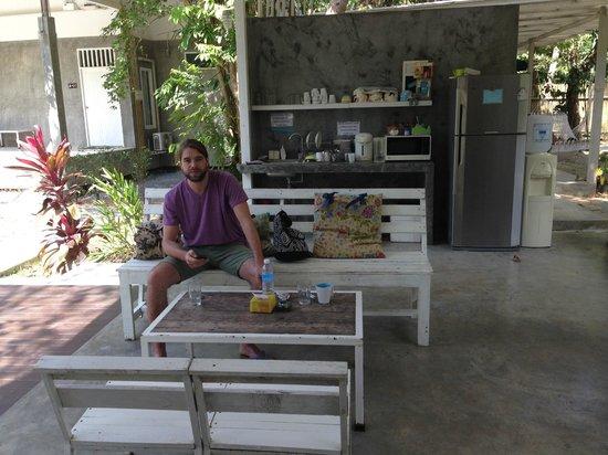 Glur Hostel: Sitting area