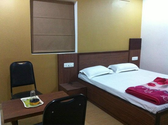 Hotel Sartaj : Room 108