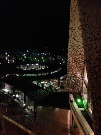 H10 Playa Meloneras Palace: Vistas desde un pasillo