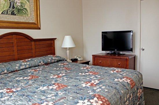 Ebb Tide Suites: King Bedroom