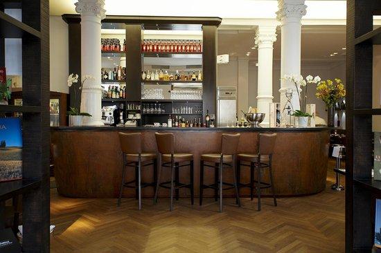 Ristorante Isardoro: Eingang / Bar