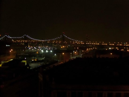 Wyndham Garden Long Island City Manhattan View: Night View of Queensboro Bridge, from 5th Floor