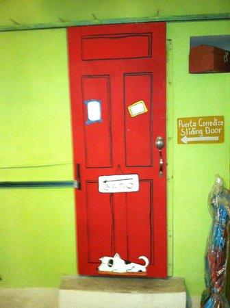 Greenverde: baño door (slides)