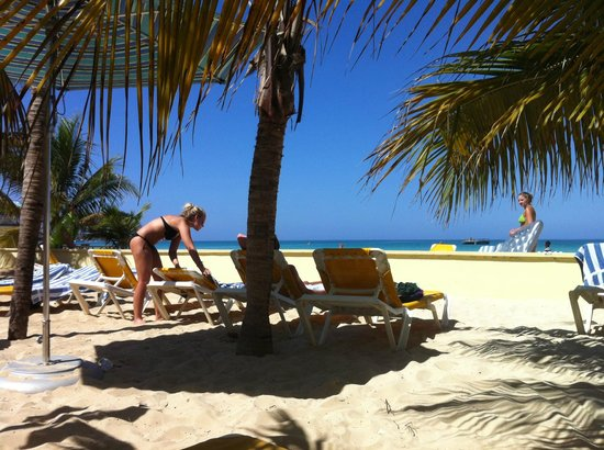 SuperClubs Rooms on the Beach Negril: WHAT WE'RE HERE FOR...