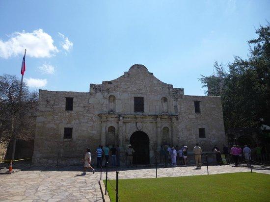 Best Western Alamo Suites: The Alamo