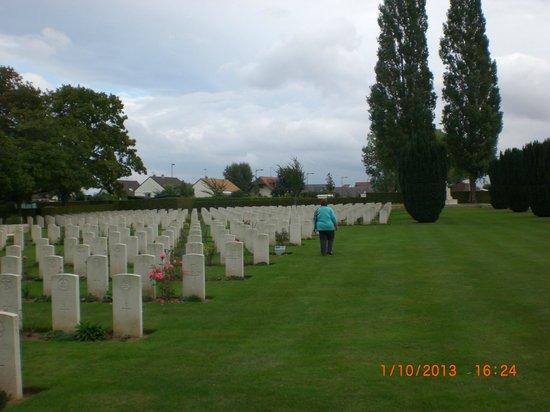 La Delivrande War Cemetery 5