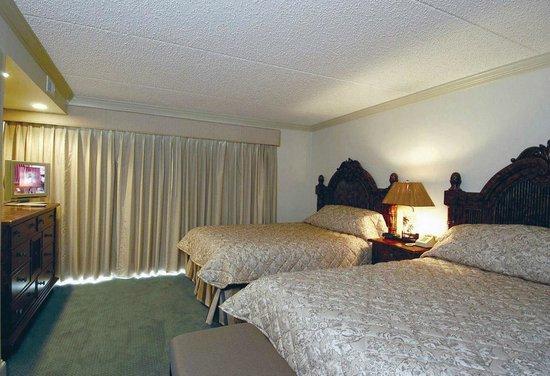Beach Club Suites: Bedroom