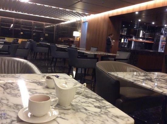 Hilton Sukhumvit Bangkok: Nice Executive Lounge.