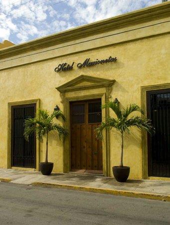 Hotel Marionetas : Fachada Principal