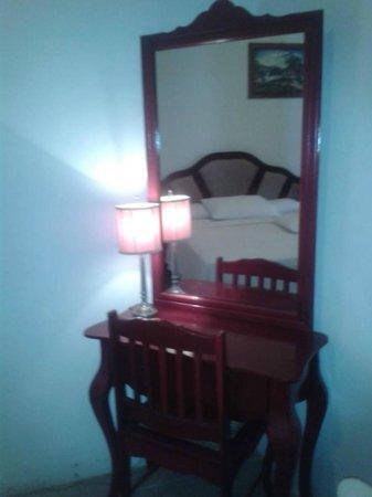 Hotel Brial Plaza: Espejo Grande