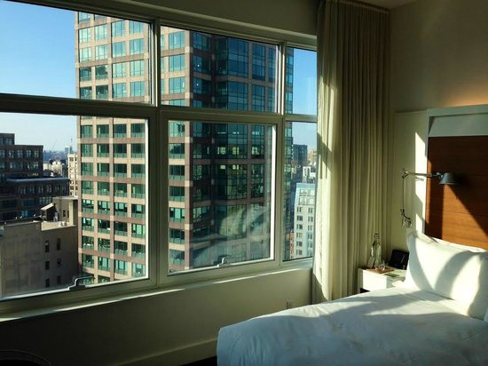 The James New York: Rm 1606 to the northwest