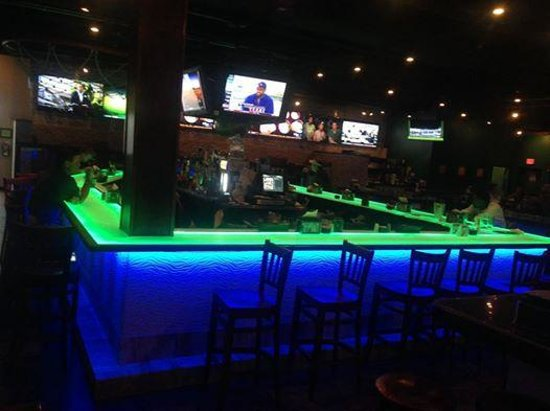Clarion Inn : Front Bar