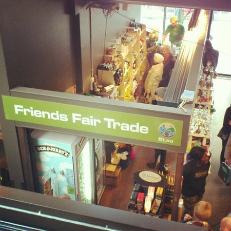 Friends Fair Trade: The shop in Mathallen